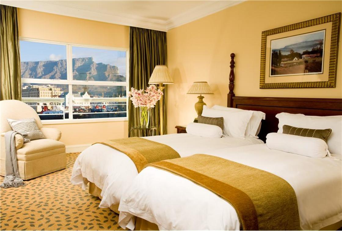 Luxury Twin Room1