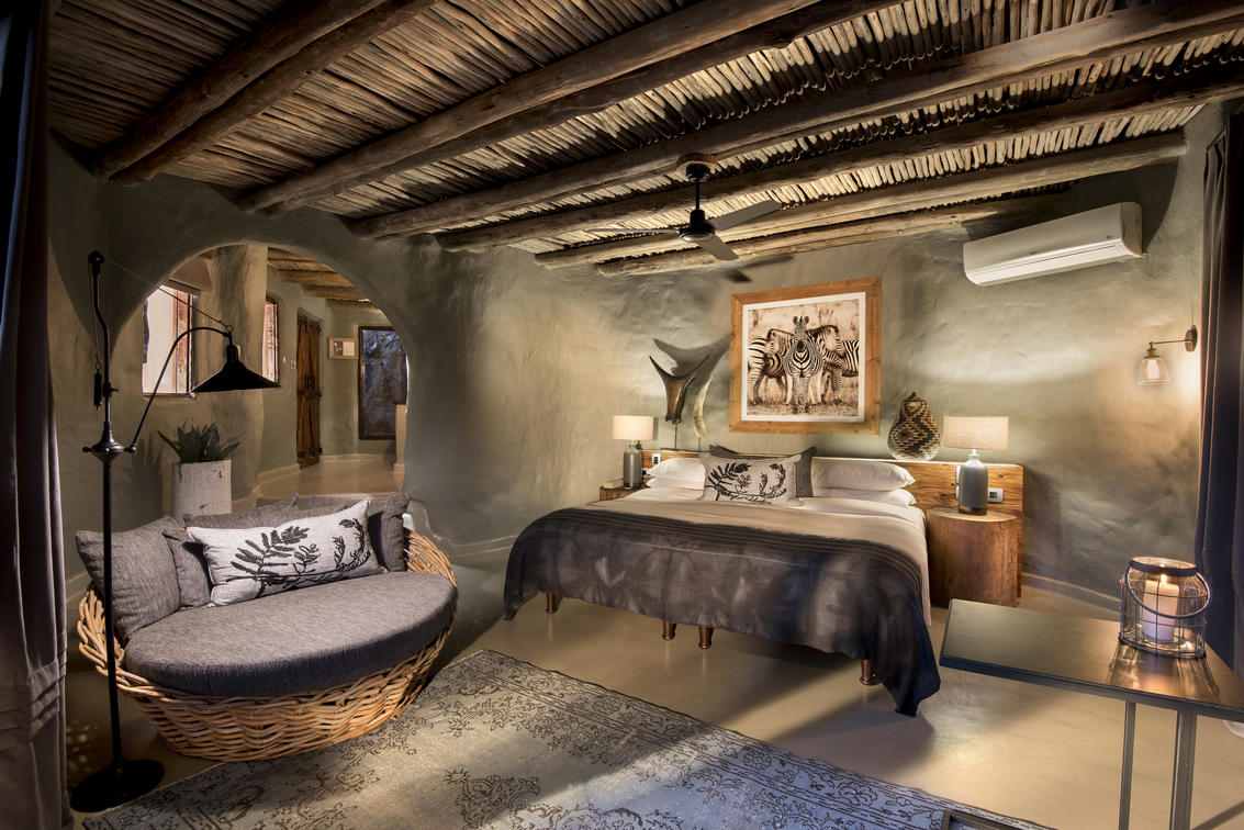guest-suites-at-phinda-rock-lodge_3_resized1