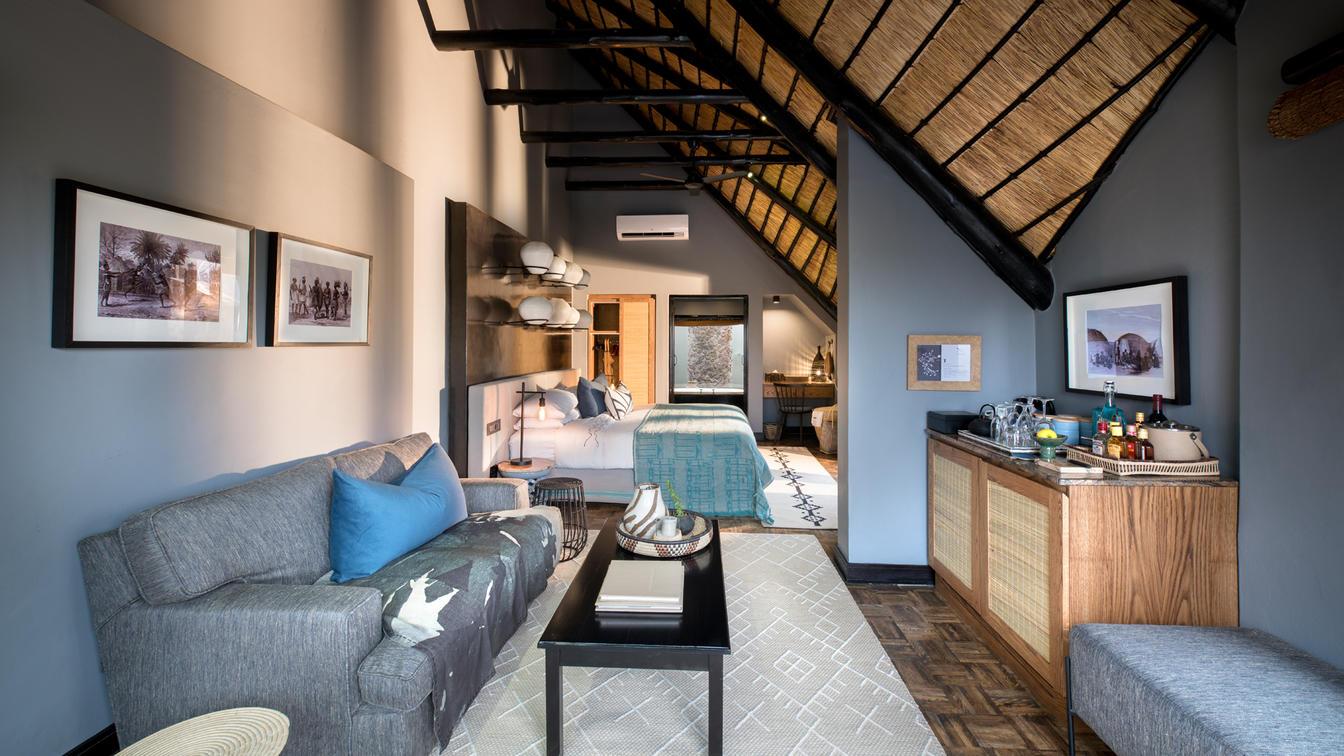 phinda-mountain-family-cottage-sitting-area1