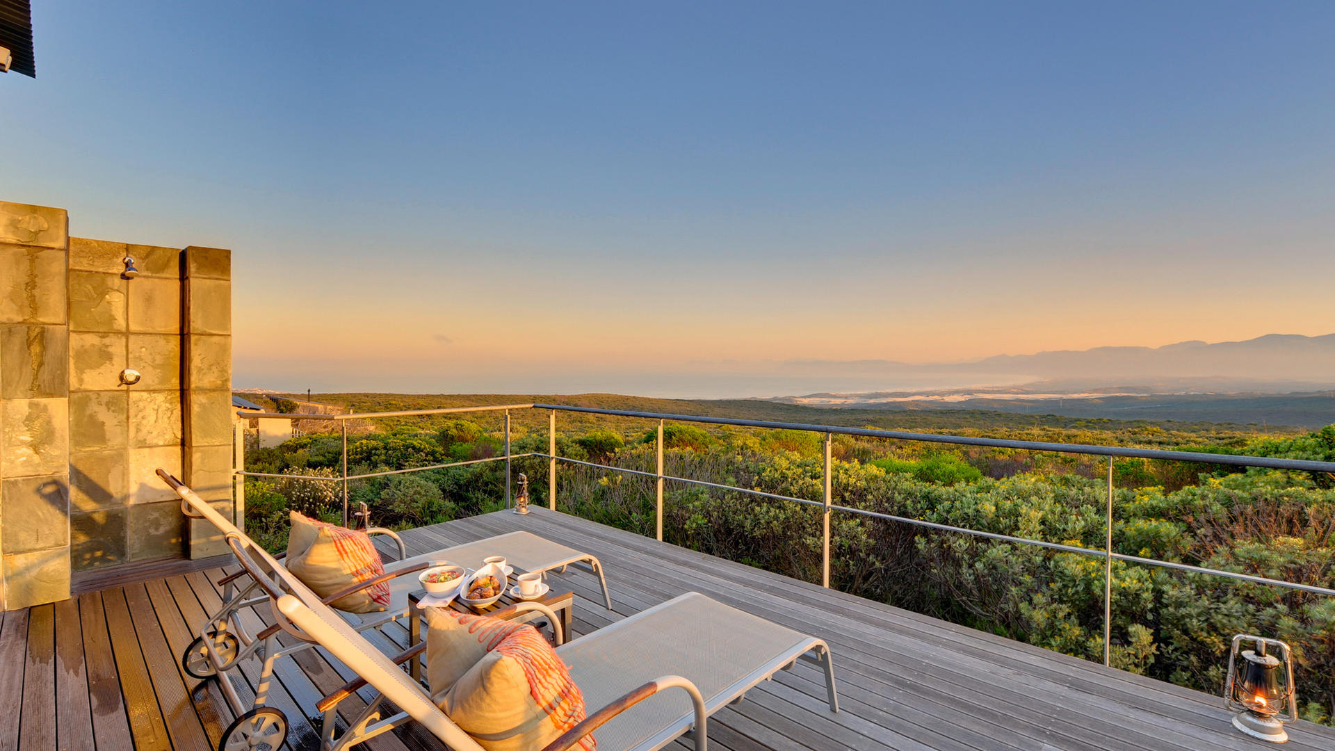 web-grootbos-accommodation-forest-suite-lux-deck-021